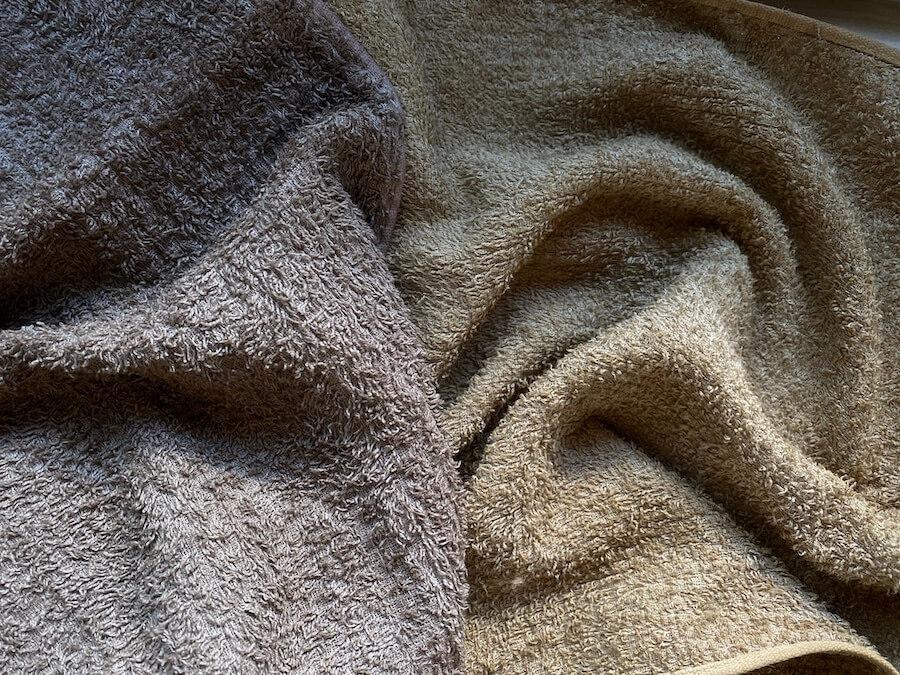 染めたタオル