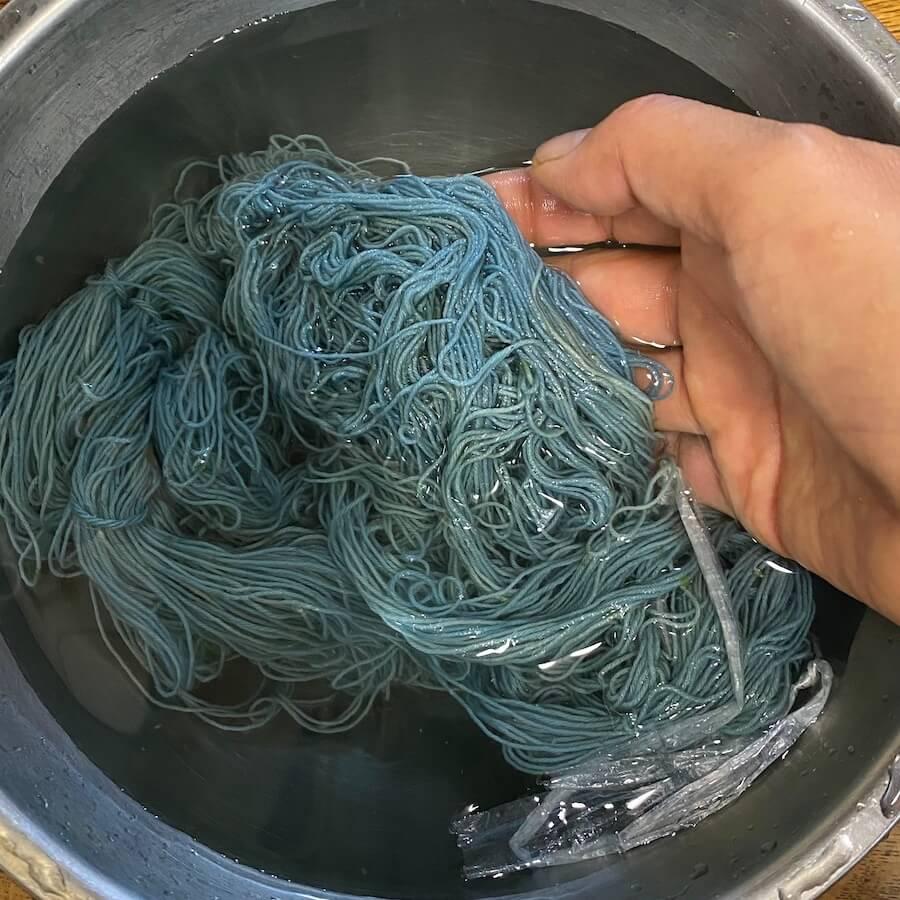 青くなった